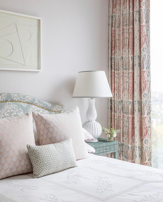 Katharine Paravacini London House Bedroom1.jpg
