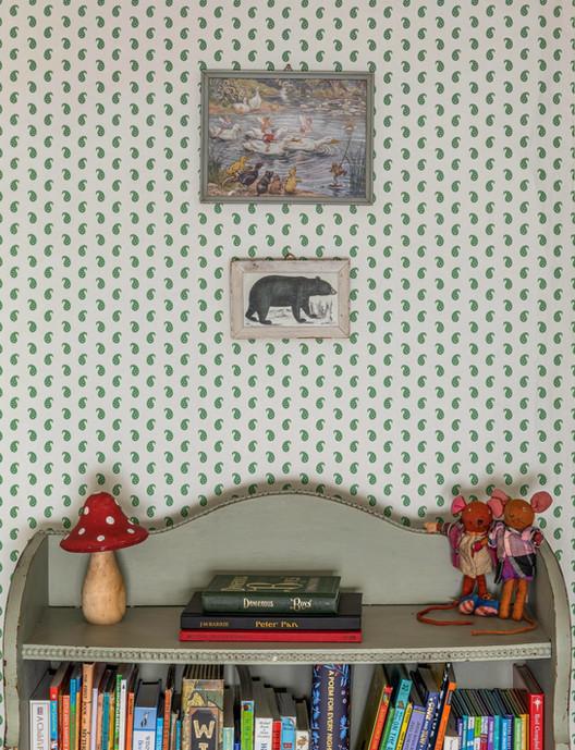 Wiltshire Cottage bookcase wallpaper.jpg