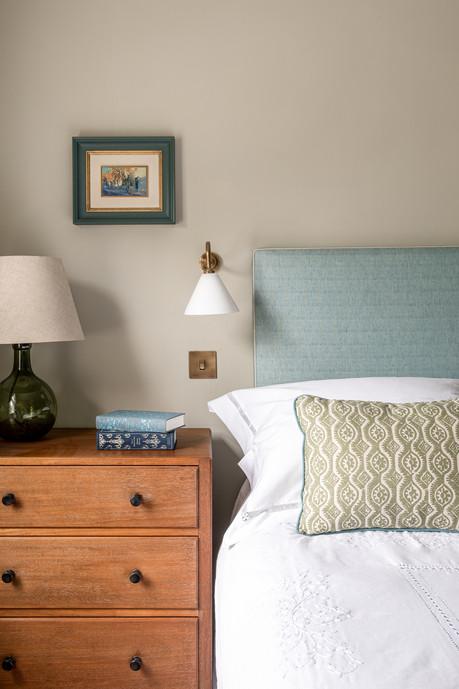 Katharine Paravacini London House Bedroom 6.jpg