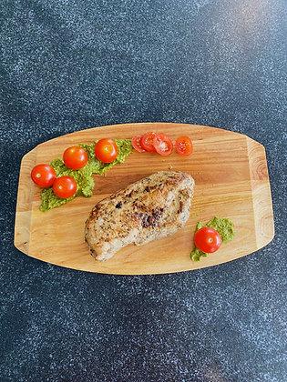 Suprême de poulet à la tomate et pesto
