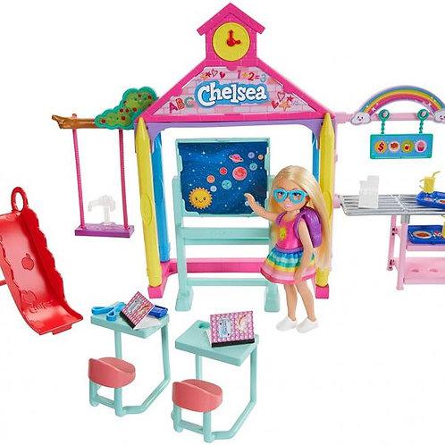 Barbie Escuela Club Chelsea 3a+