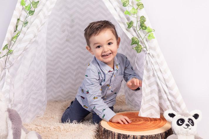 Photo bébé enfant décor indien