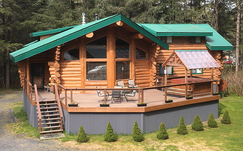 Bear Paw Lodge : A custum-built spacious log home available as a vacation rental in Seward, Alaska.