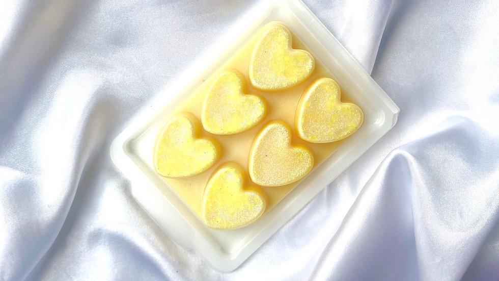 Heart clamshell