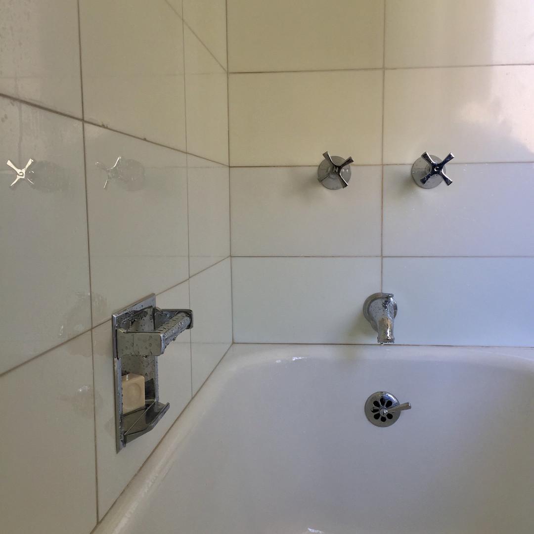 Vitrolite & Bathtub Hardware