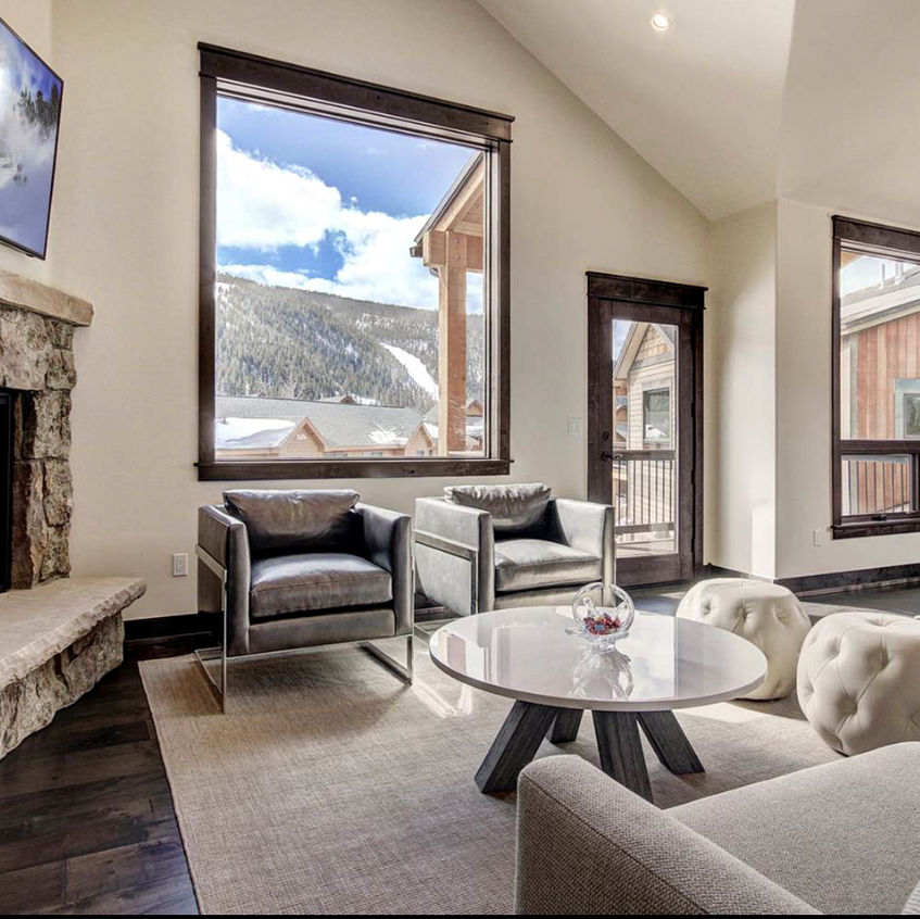 luxury-furniture-leasing-Aspen-home-staging-best-stagers