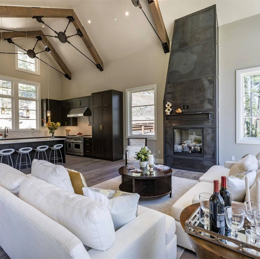 Luxury-Staged-AH-Staging