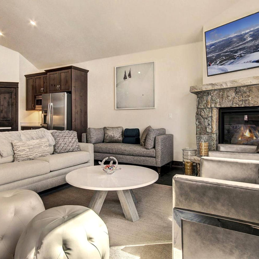 luxury-furniture-leasing-Aspen-home-staging7