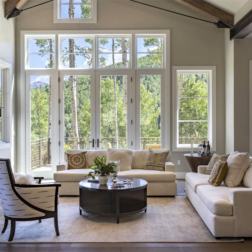 Mountain-Luxury-Staging
