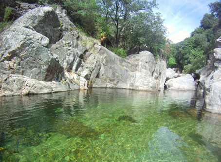 Wild Swimming: The top 33 river and lake beaches of Languedoc – France