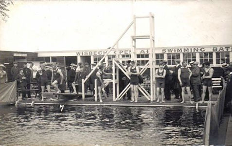 Wisbeach Open Air Swimming Baths