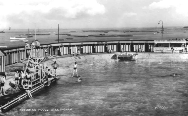 The Strand Swimming Pool Gillingham