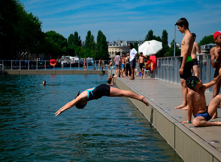 Paris plunge: daily queues after city opens cleaned-up canal to swimmers