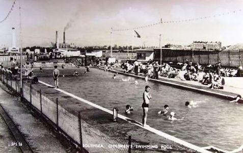 Hampshire Southsea swimming pool 1950s.