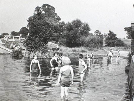Swimming Pool in Lea Valley