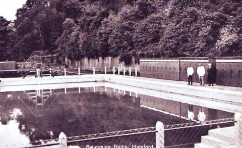 Humford Swimming Baths - Lido