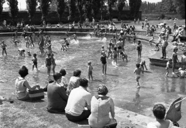 Wild swimming Abbey Park Paddling Pool Leicester