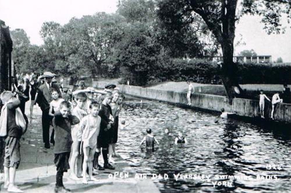 Wild Swimming at Yearsley Open Air Swimming Baths York