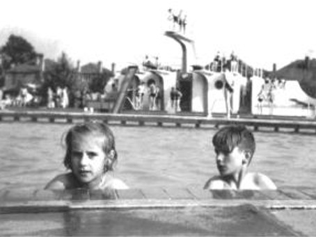 From a Collar to a Whip: the History of Swimming in Leicester