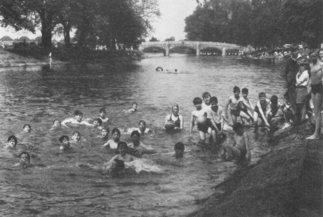 Abbey Park Lido river swimming