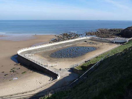 Swimming History Picture of the Week: Long Sands, Tynemouth