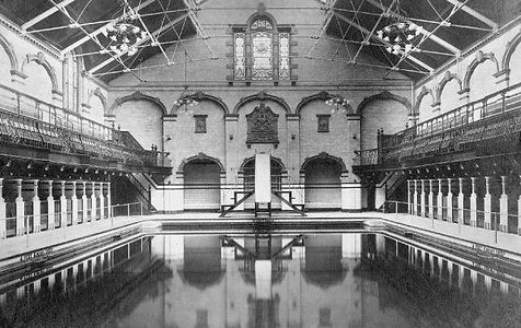 Manchester Victoria Baths, males first class Swimming Bath