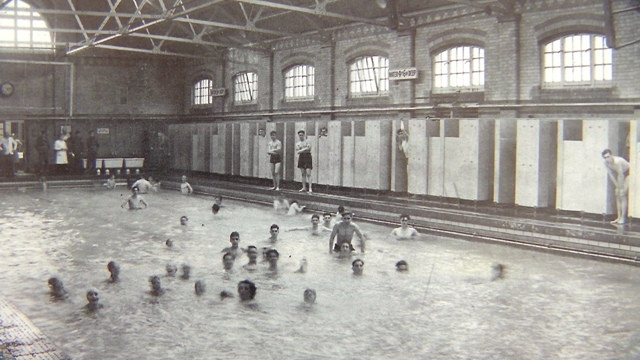 Aylestone Swimming Baths Leicester 1949