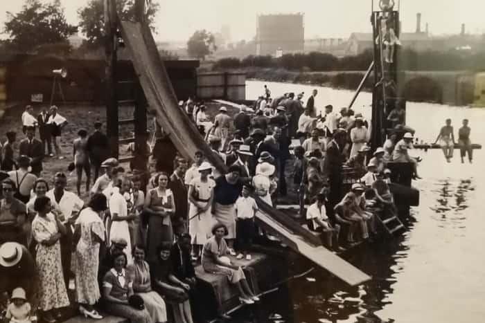 Melton river swimming gala 1930 at Swans Nest.
