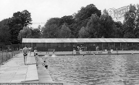 Chelmsford Baths Swimming History