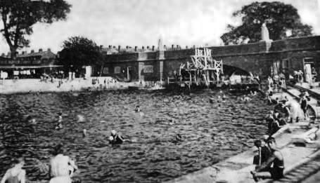 Colchester River Swimming Baths wild swimming
