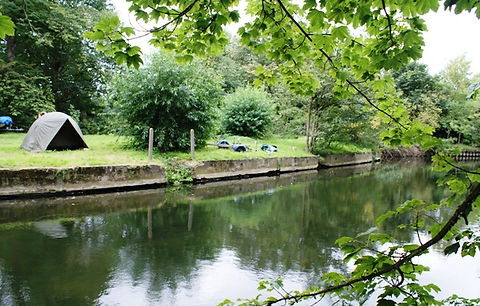 Eton College constructed four swimming places on the river, this is Cuckoo Weir