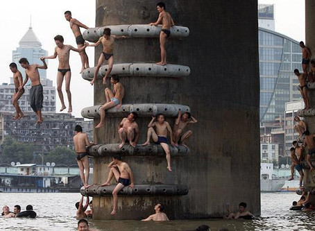 Wild Swimming Picture of the Week: Wild Swimming in China