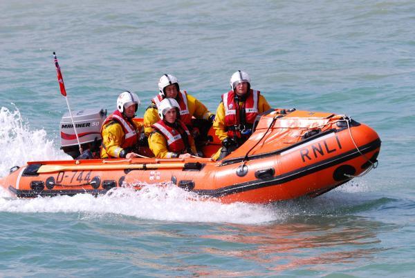 Sea Swimmer Advised: Contact the Coastguard