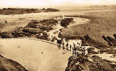 Bude sea pool Summerleaze beach wild swimming history