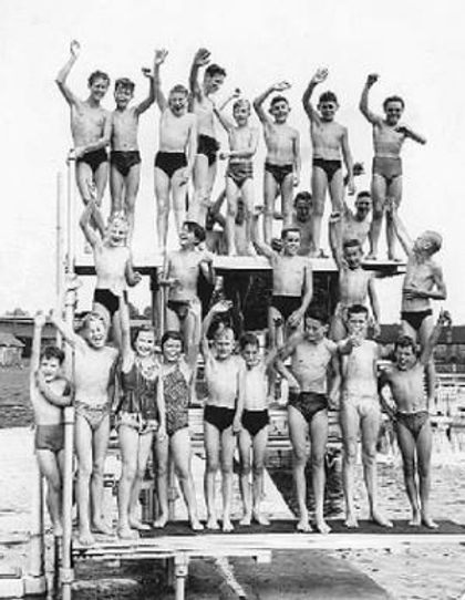 Tumbling Bay river swimming Oxford 1959