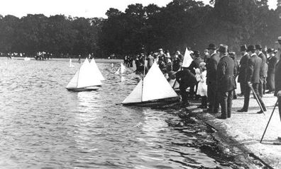 Clapham Common Bathing Lake history