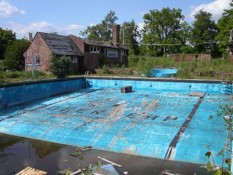 Swimming History Picture of the Week: Deer Leap swimming pool, Ringshall