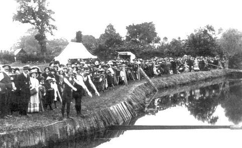Horley River Mole at Six Bells. Historic wild swimming venue.