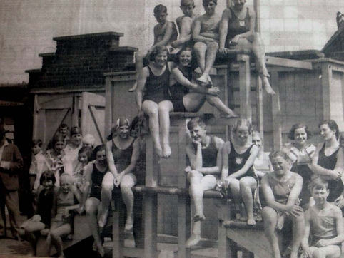 Cottonmill-swimming-baths-c1950-courtesy