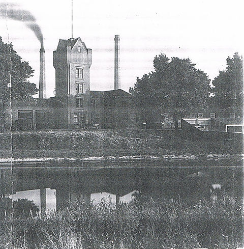 Swimming History Leicester, Wolsey Factory with bathing station to the right