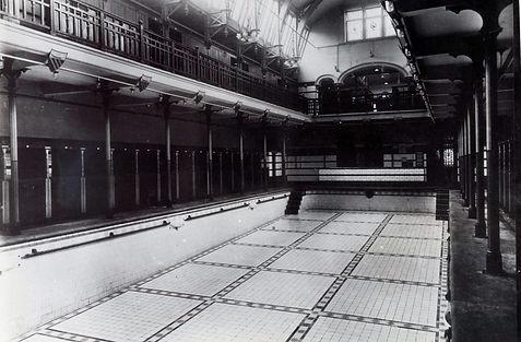 Leaf Street Baths & Wash House - Males 1st Class Swimming Bath Swimming Bath, Swimming History