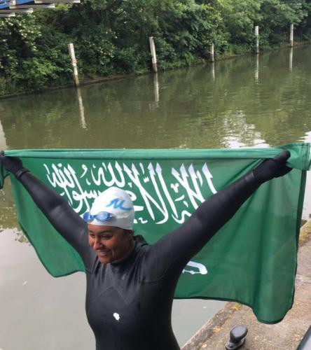 First Woman to Complete Thames Swim