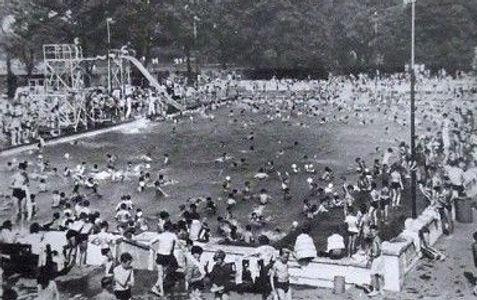 NORTHFLEET Open-air (public) Swimming Pool, High Street. Lido.