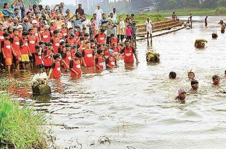 Children Taught to Swim in Open Water to Prevent Drowning