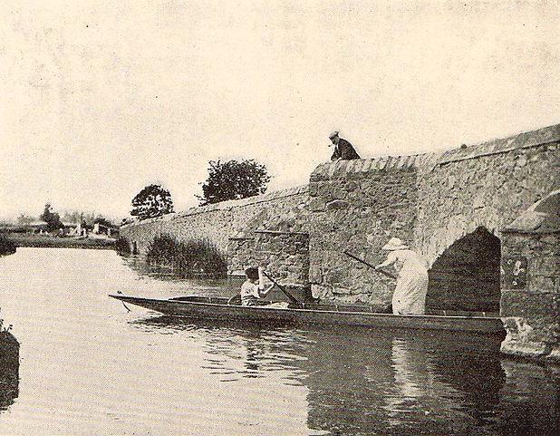 Old Roman Pack Horse Bridge. Leicester Aylestone Boat House History