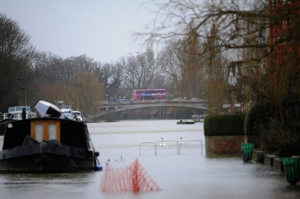 Environment Agency warning over swimming in rivers