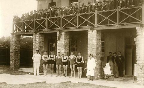 lymington sea water baths date back to 1833