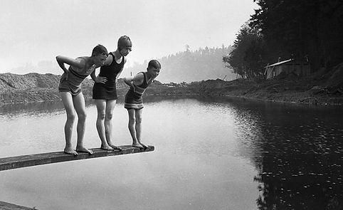 Belper Public Bath, Holmes Swimming History