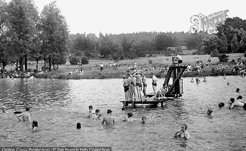 Public Bath Earlswood LAKE Earlswood Common Swimming History