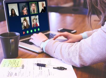 Optimale Unterstützung: Videokonferenztools für Kundenkontakt & Teamwork